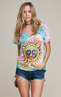 Sublime Short Sleeve V Neck Rainbow Tee