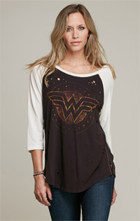 Wonder Woman Destroyed 3/4 Sleeve Raglan
